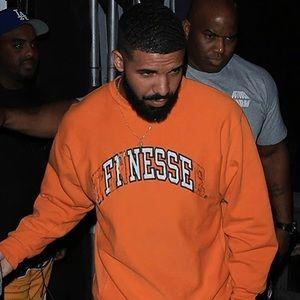 Finesse College RE Sweatshirt